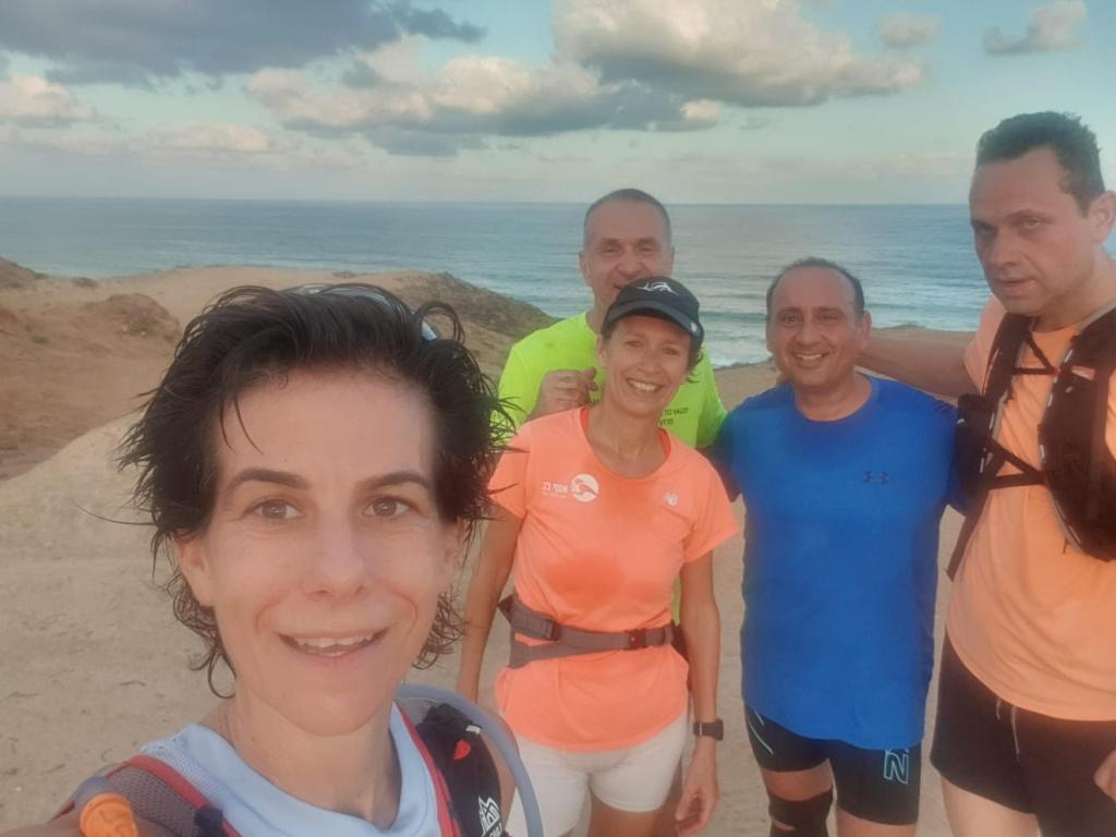 ריצה בים - חוף הצוק האהוב