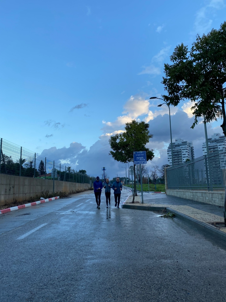 רצים במבול ביום שישי (4)